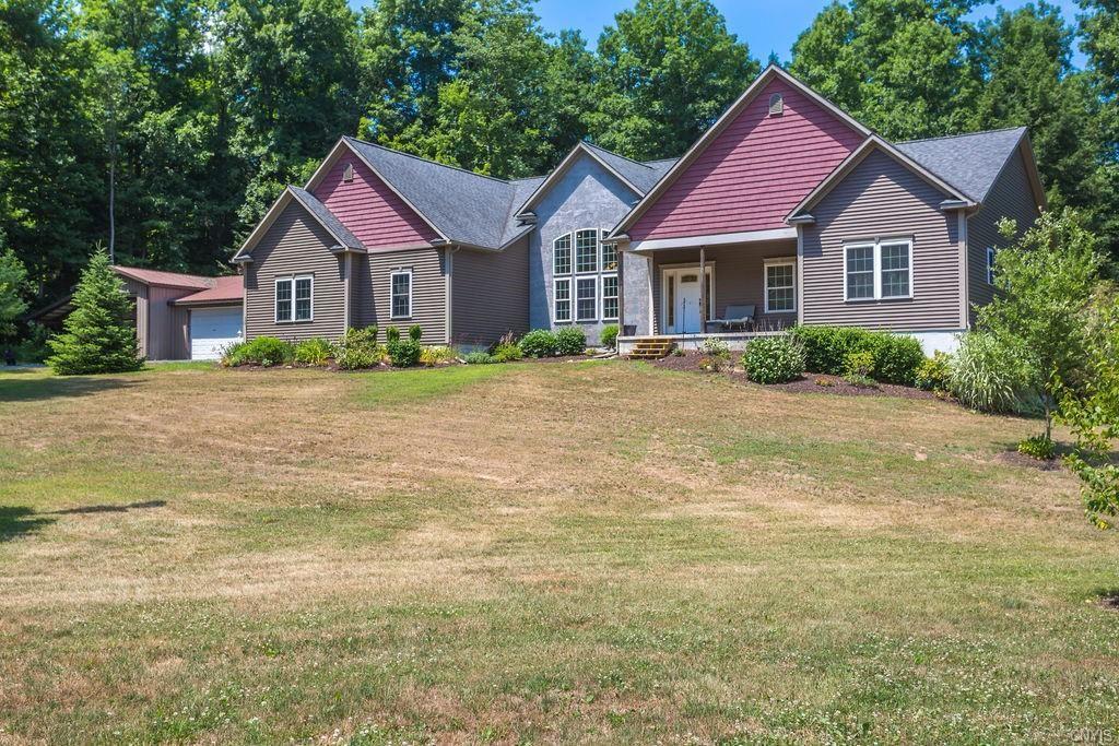 Property Image Of 3435 Sunnyside Road In Cato, Ny