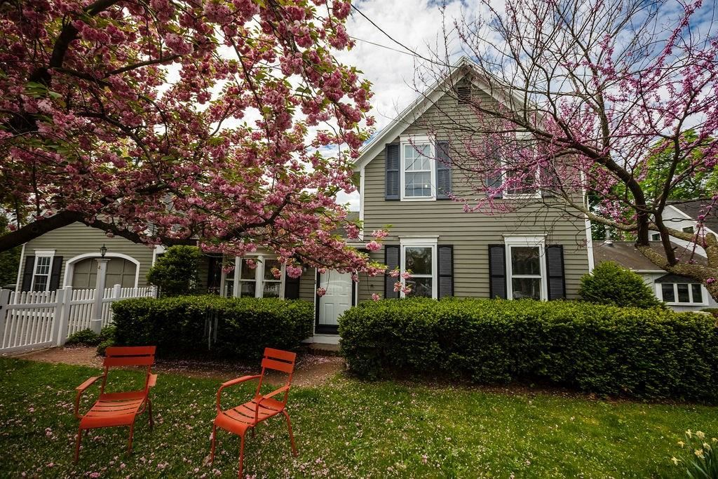 Property Image Of 467 Ridge Road In Webster, Ny