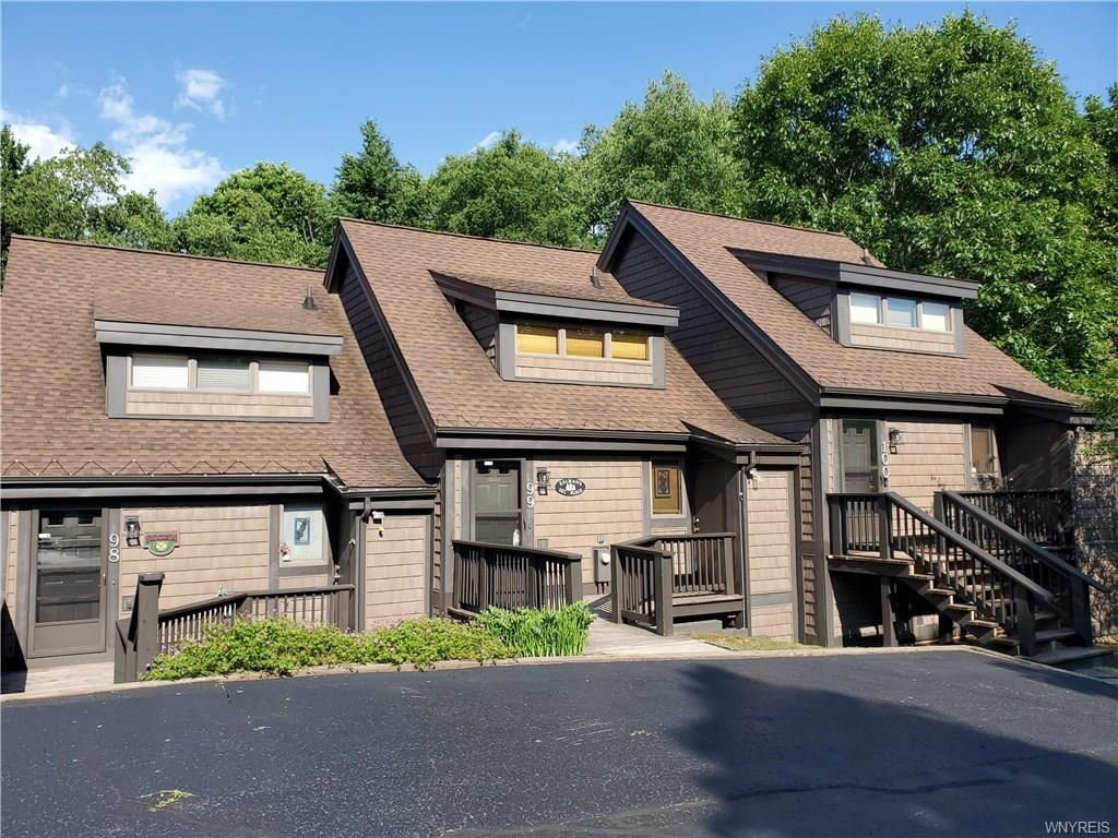 99  Brookline Rd-The Woods,