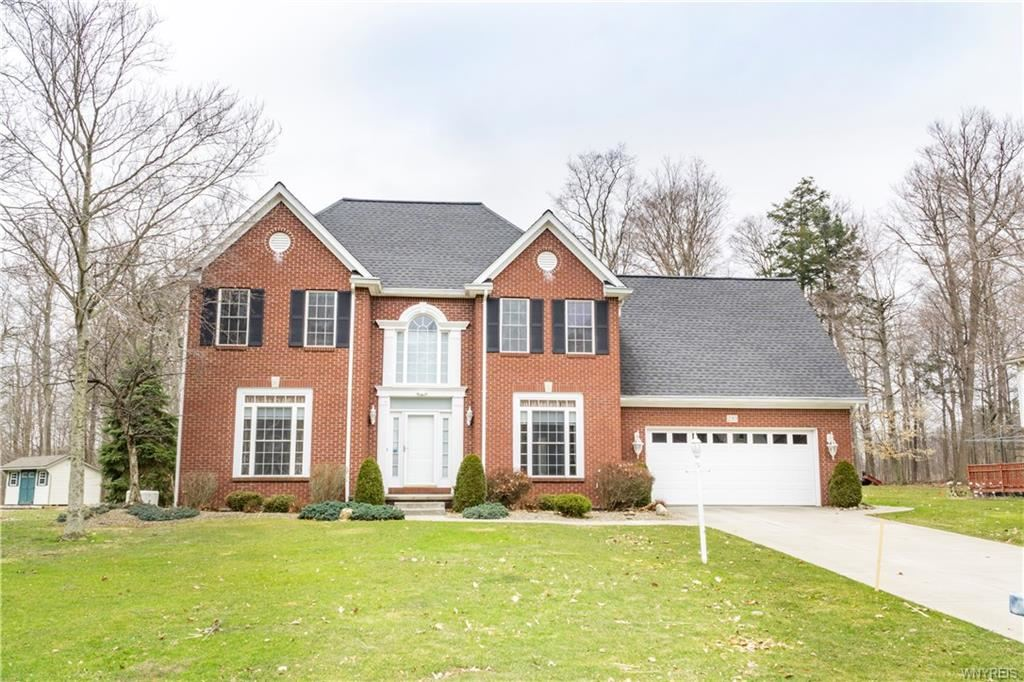 230  Lawrence Woods,