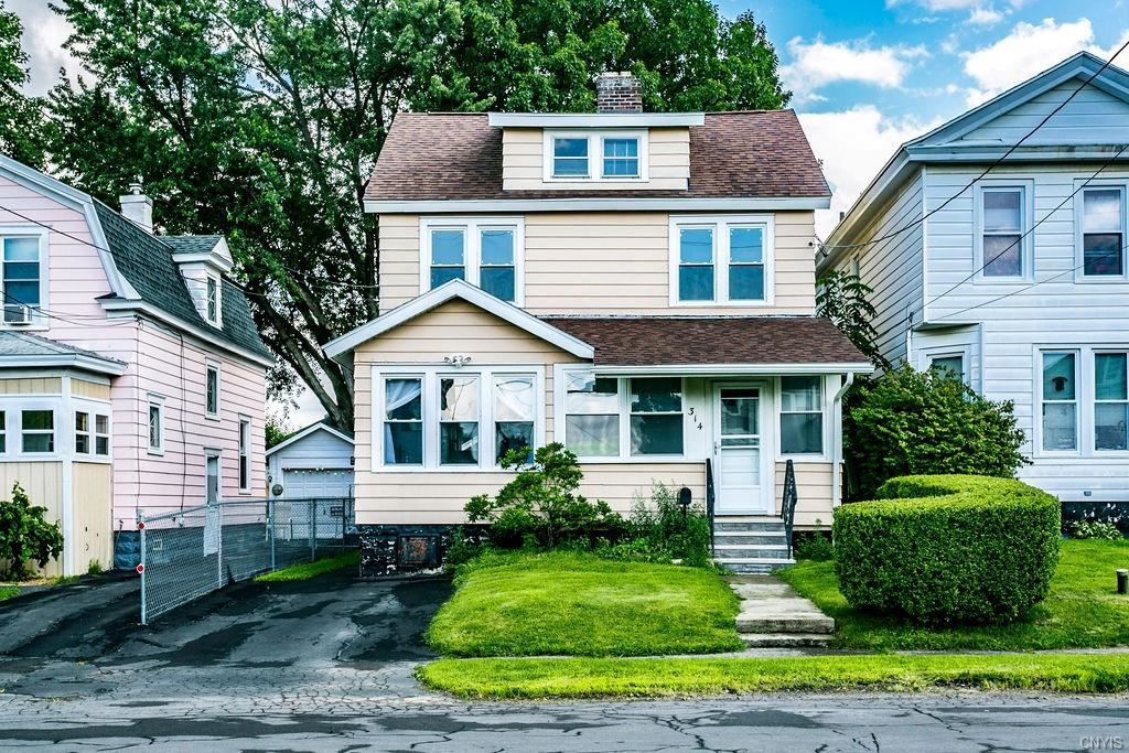 Syracuse                                                                      , NY - $159,900