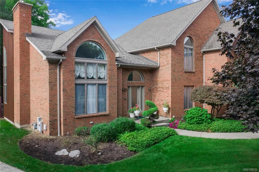 33 Turnberry Drive,