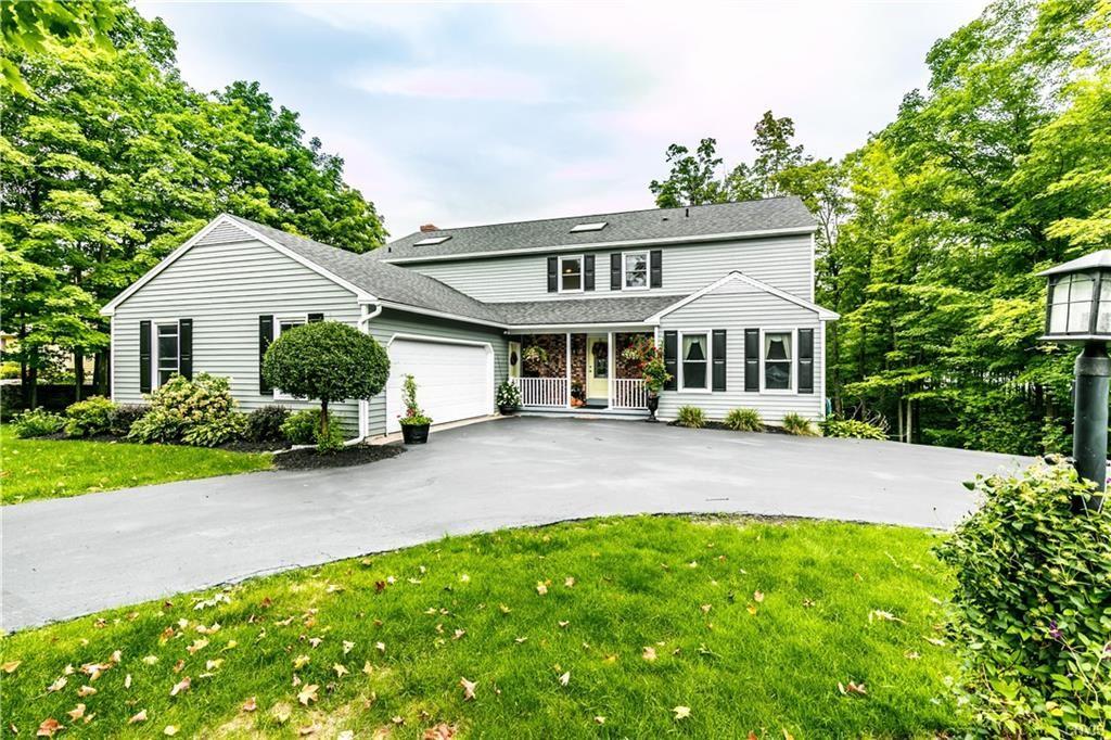 Manlius                                                                      , NY - $387,000