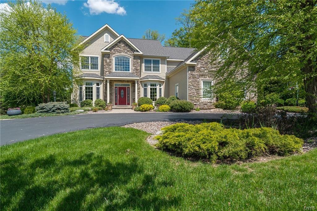 Lysander                                                                      , NY - $795,000