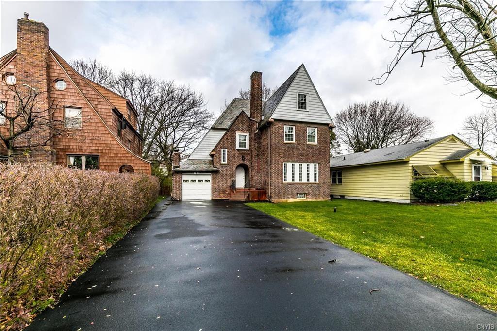 Syracuse                                                                      , NY - $219,900