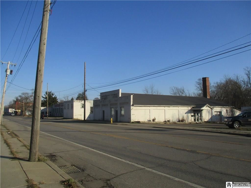 421 West Main Street, Ellicott