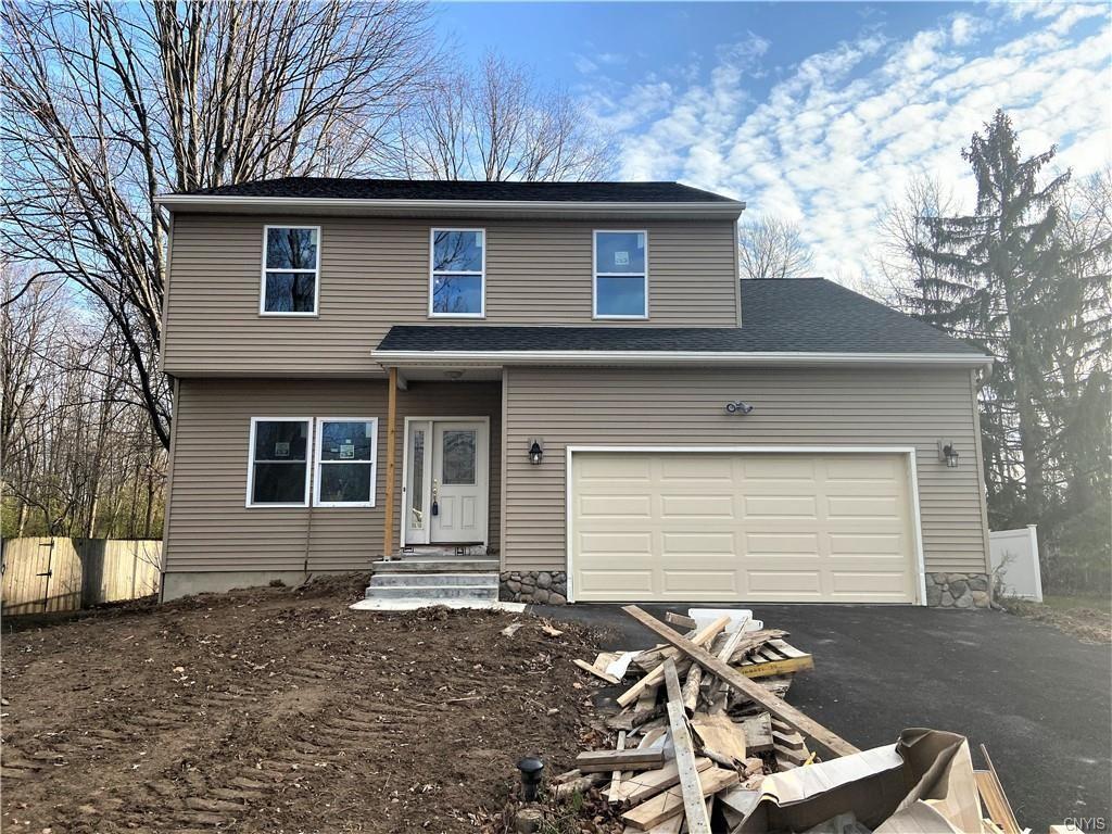 Clay                                                                      , NY - $239,900