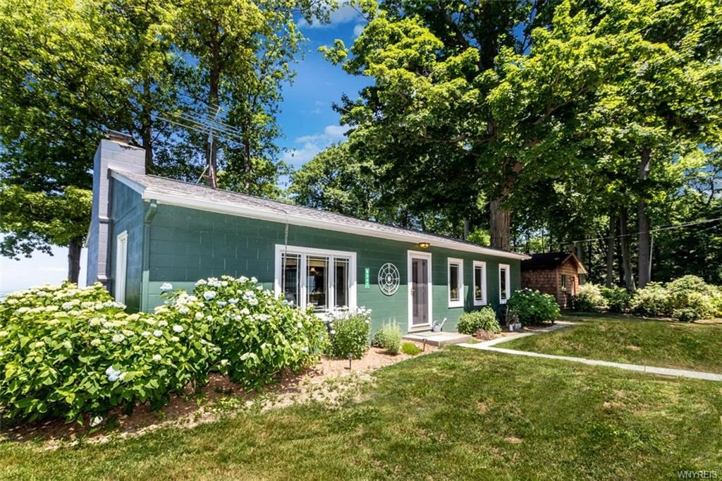 5347 West Lake Road, Newfane