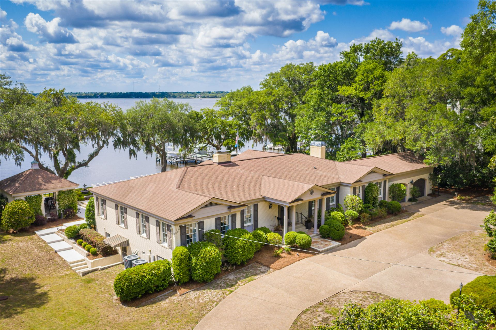 Charleston                                                                      , SC - $5,750,000