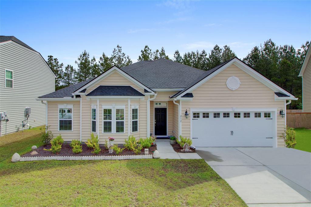 212 Witch Hazel Street, Summerville, SC Single Family Home Property Listing