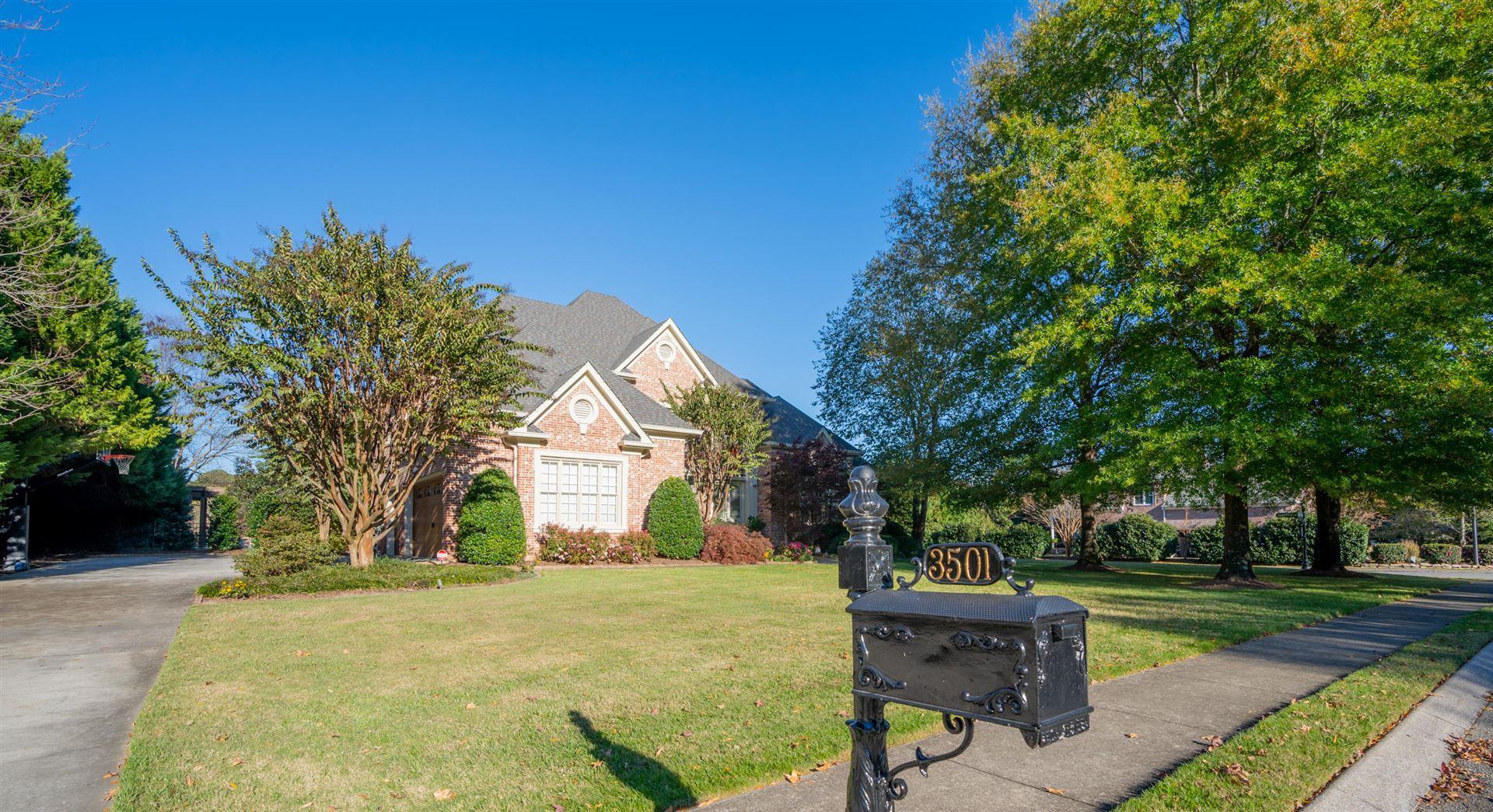 Chattanooga                                                                      , TN - $915,000