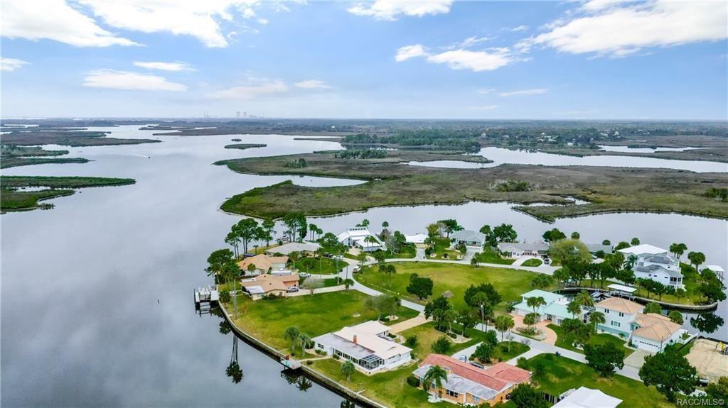 Crystal River                                                                      , FL - $625,000