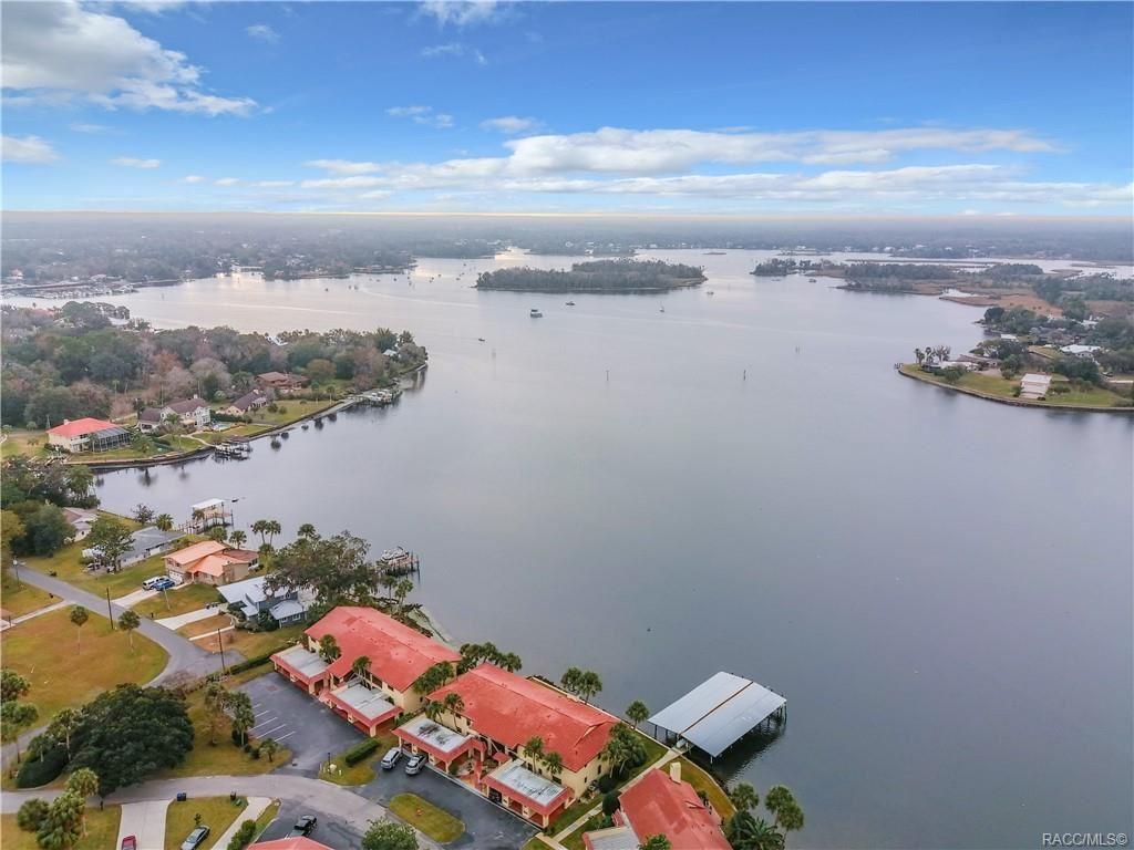 Crystal River                                                                      , FL - $284,000