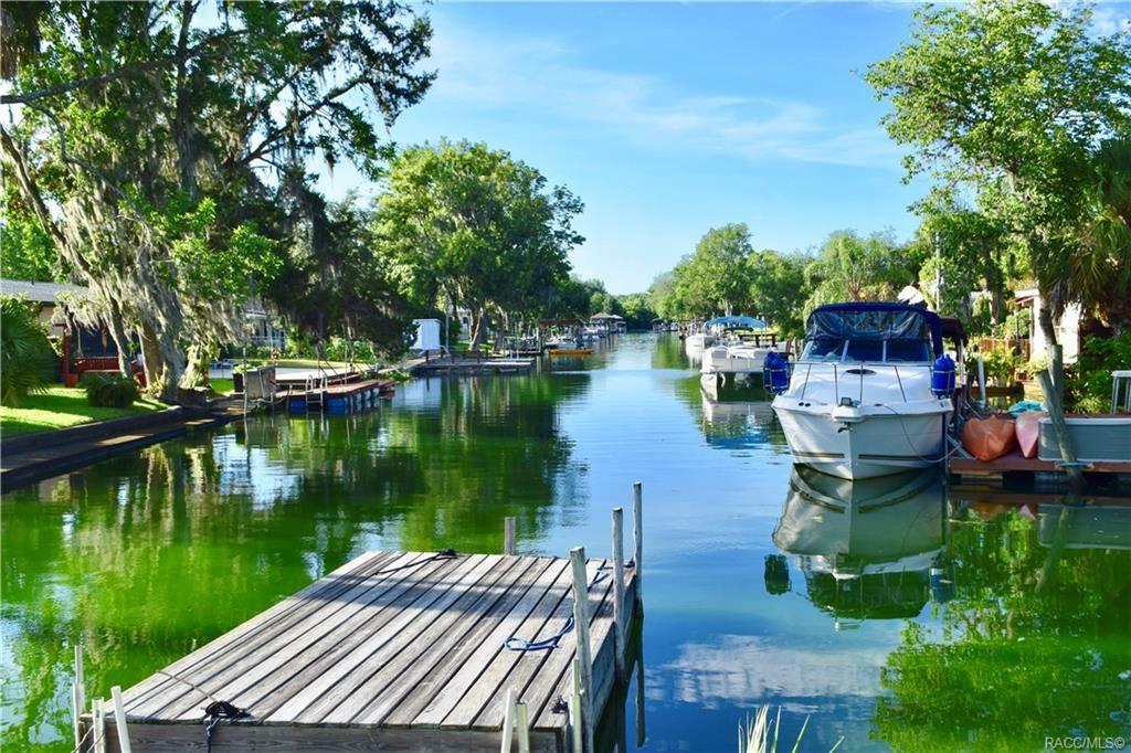 Crystal River                                                                      , FL - $525,000