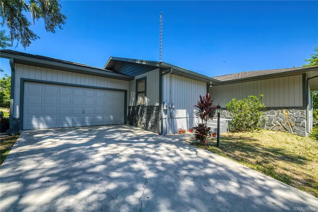 Property Image Of 10466 Se 101St Avenue Road In Belleview, Fl
