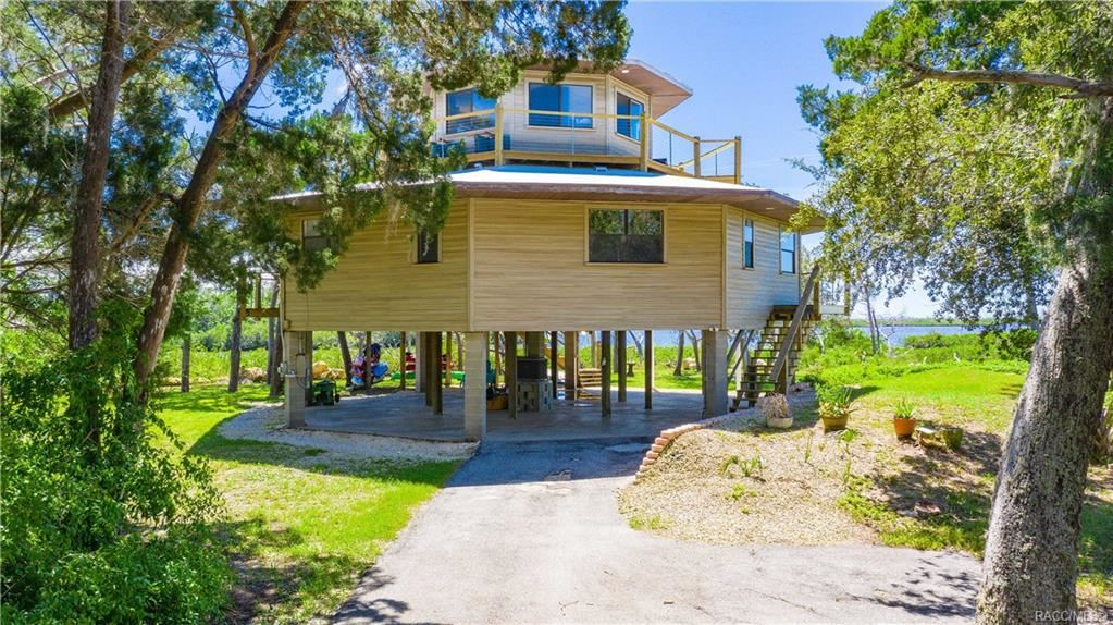 Crystal River                                                                      , FL - $845,000
