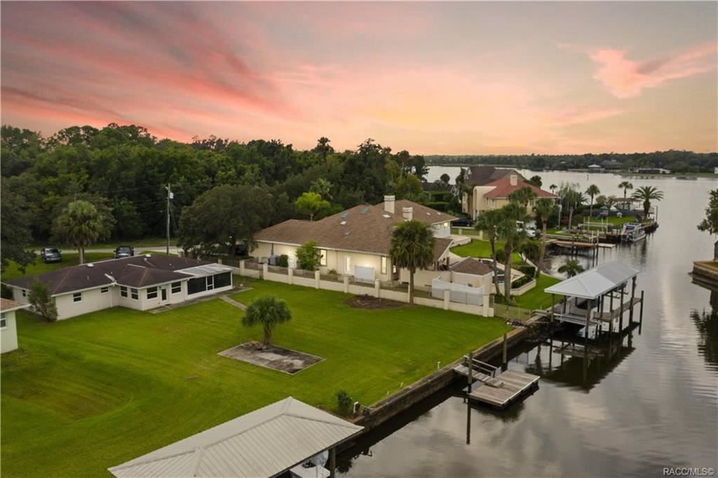 Crystal River                                                                      , FL - $525,000