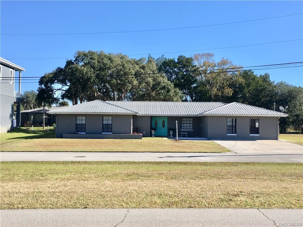 Crystal River                                                                      , FL - $475,000