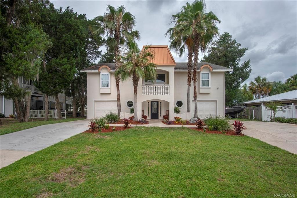 Crystal River                                                                      , FL - $580,000