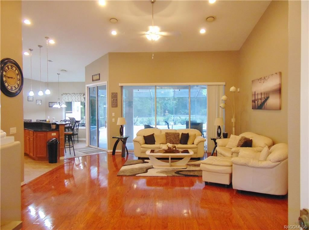 Property Image Of 10097 W Dublin Street In Crystal River, Fl