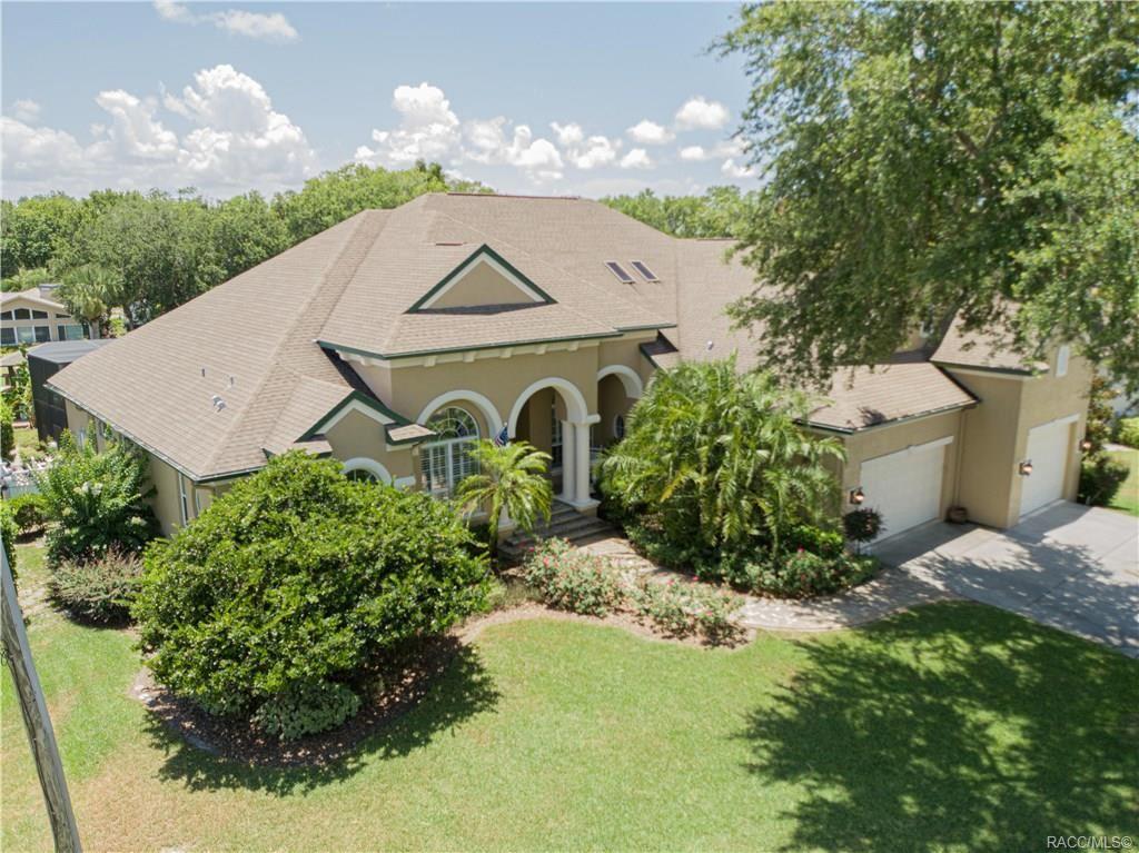 Crystal River                                                                      , FL - $995,000