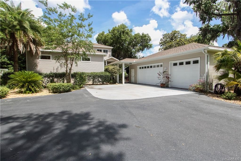 Crystal River                                                                      , FL - $779,000