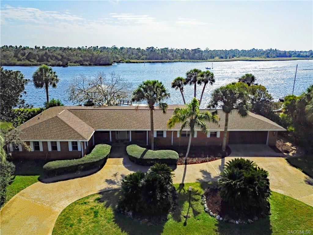 Crystal River                                                                      , FL - $715,000