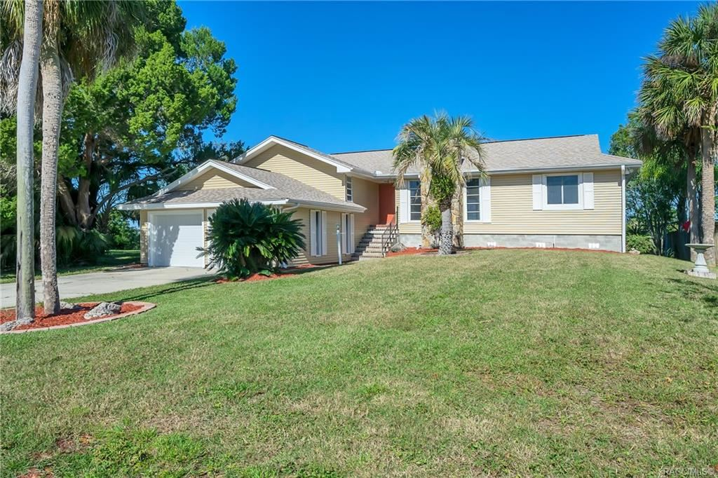 Crystal River                                                                      , FL - $330,000