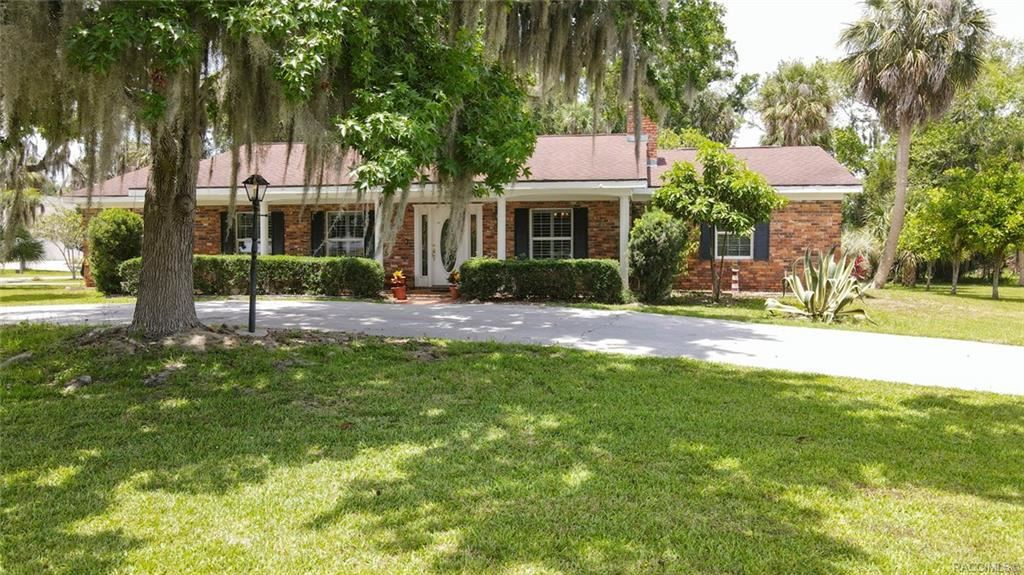 Crystal River                                                                      , FL - $310,000