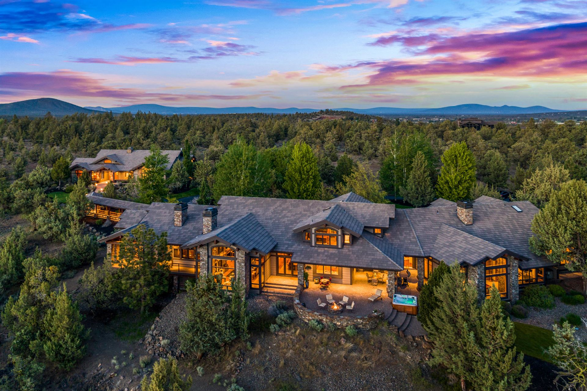 Bend                                                                      , OR - $3,950,000