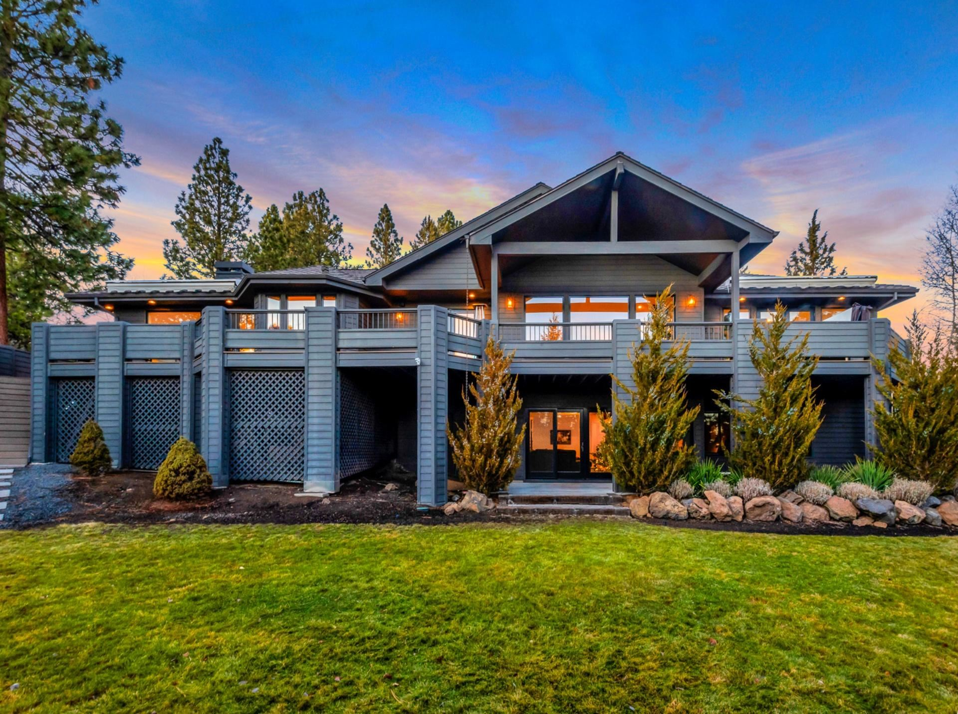 Bend                                                                      , OR - $2,200,000