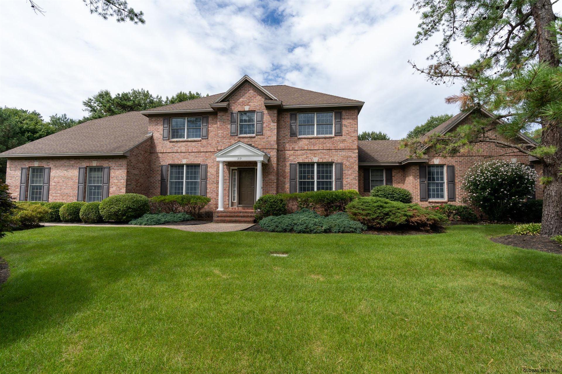 Guilderland                                                                      , NY - $849,900