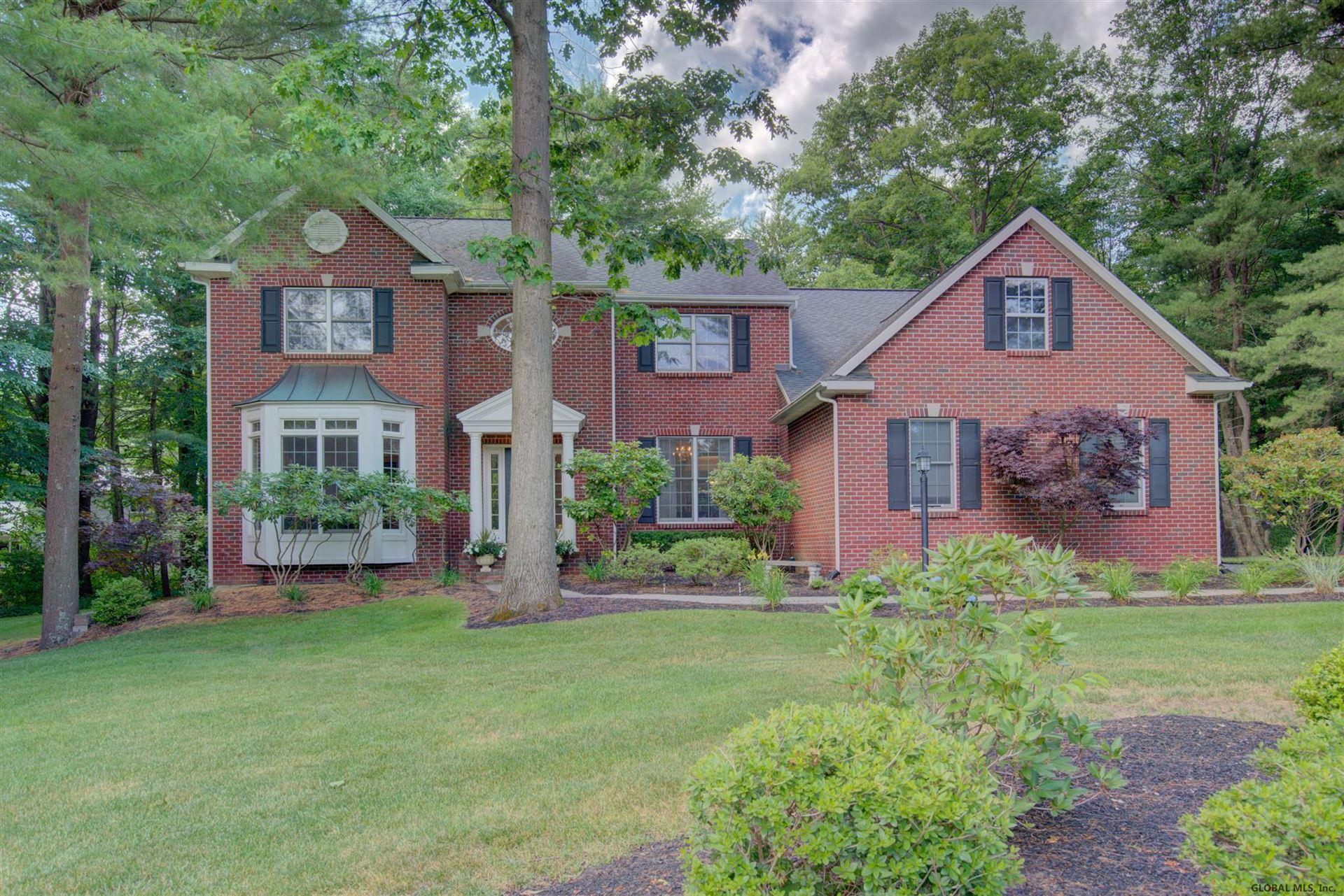 Guilderland                                                                      , NY - $524,900