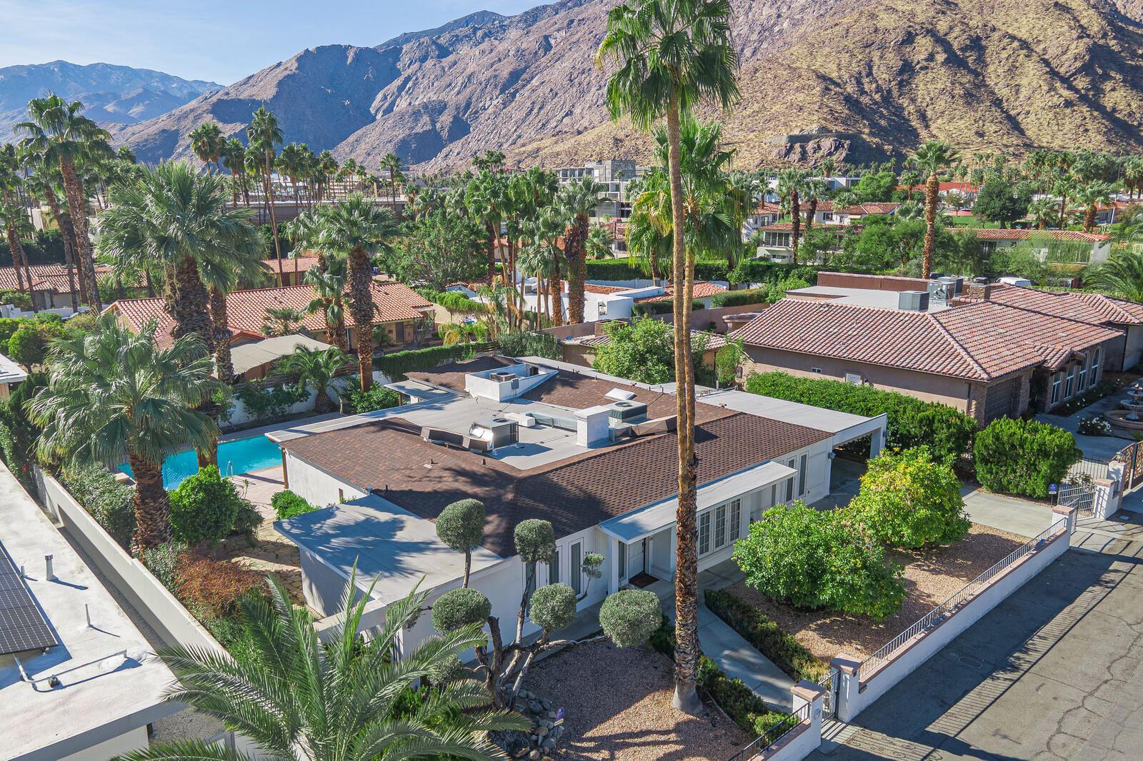 Palm Springs                                                                      , CA - $1,139,000