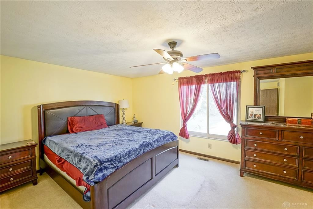 Property Image Of 2006 Mapleton Drive In Centerville, Oh