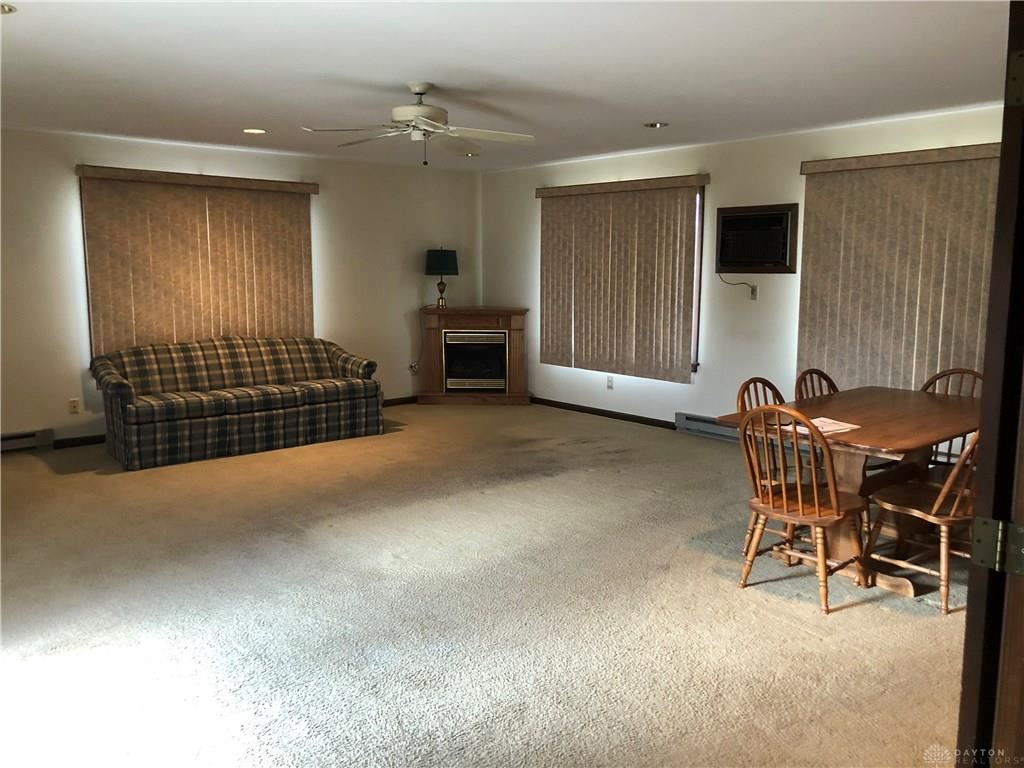 Property Image Of 321 Village Square Drive In Centerville, Oh