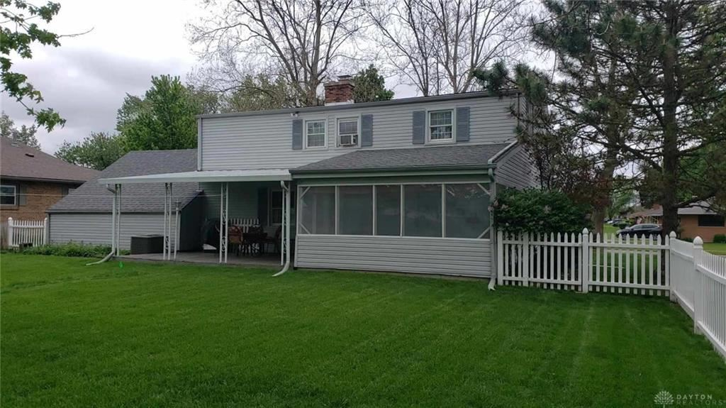 Property Image Of 1418 Surrey Road In Troy, Oh
