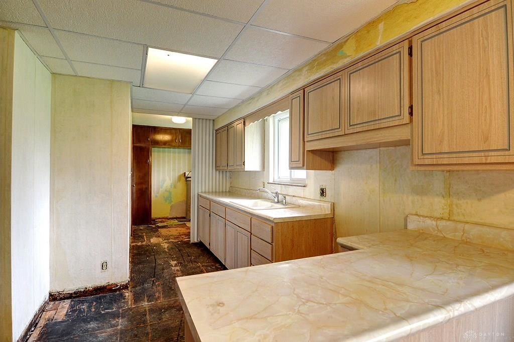 Property Image Of 135 Countryside Drive In Enon Vlg, Oh