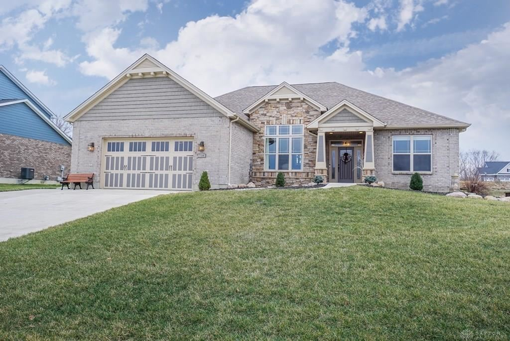 Property Image Of 738 Brooke Drive In Monroe, Oh