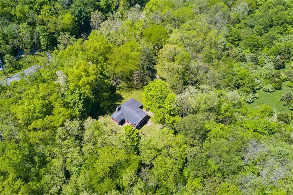 Property Image Of 1083 Obanonville In Goshen, Oh