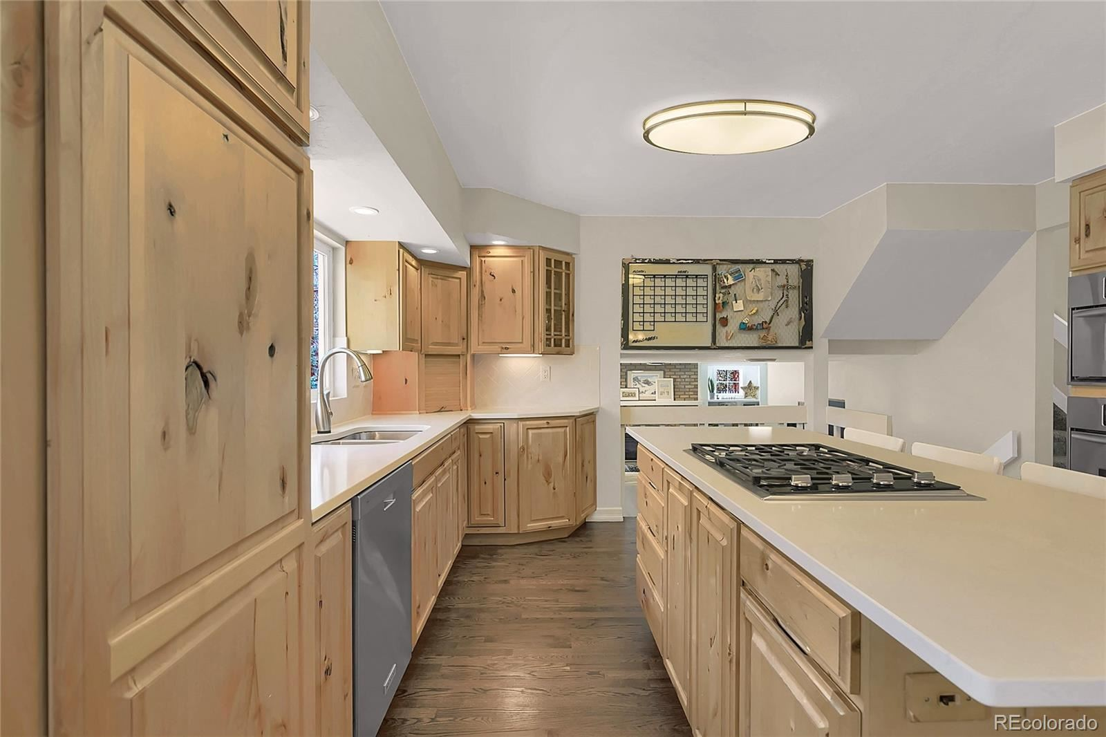 Property Image Of 1010  Oak Hills Drive In Colorado Springs, Co