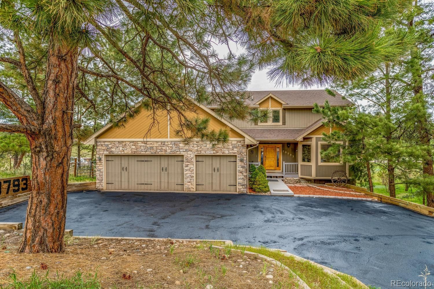 Property Image Of 10793  Black Forest Drive In Parker, Co