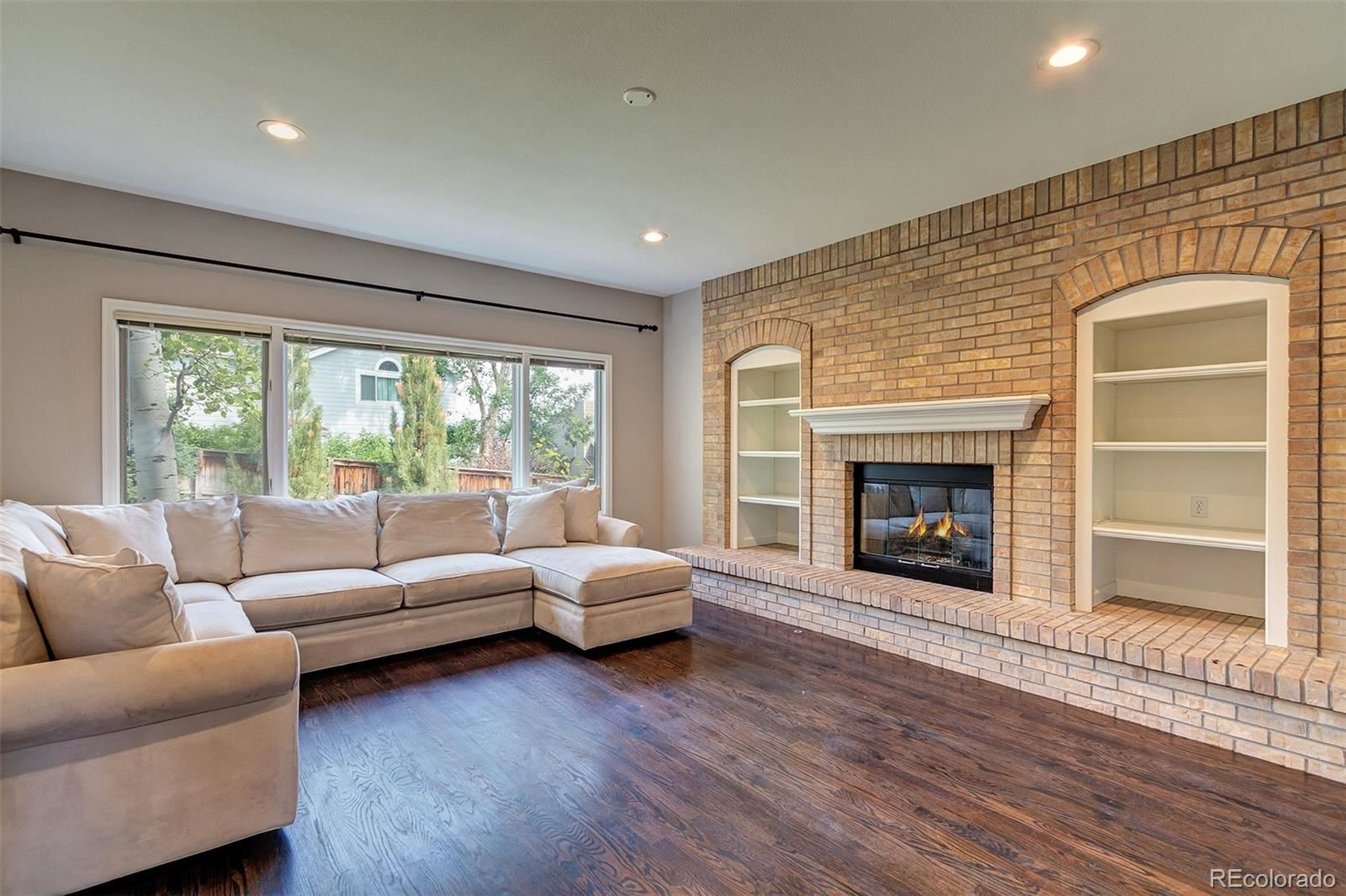 Property Image Of 9381 S Alcosta Place In Highlands Ranch, Co