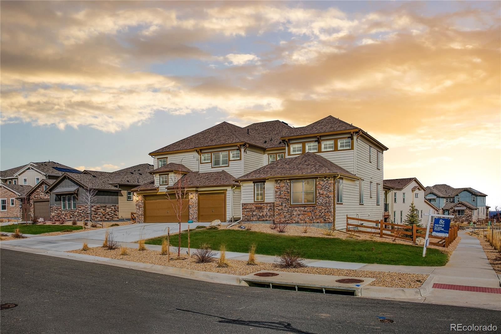 Arvada                                                                      , CO - $900,000