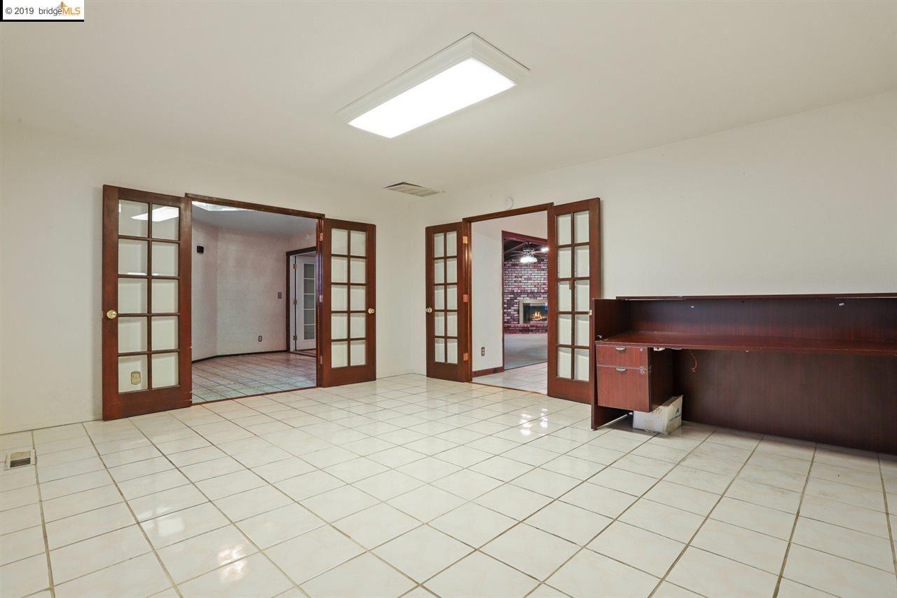 Property Image Of 600 W Union Avenue In Modesto, Ca