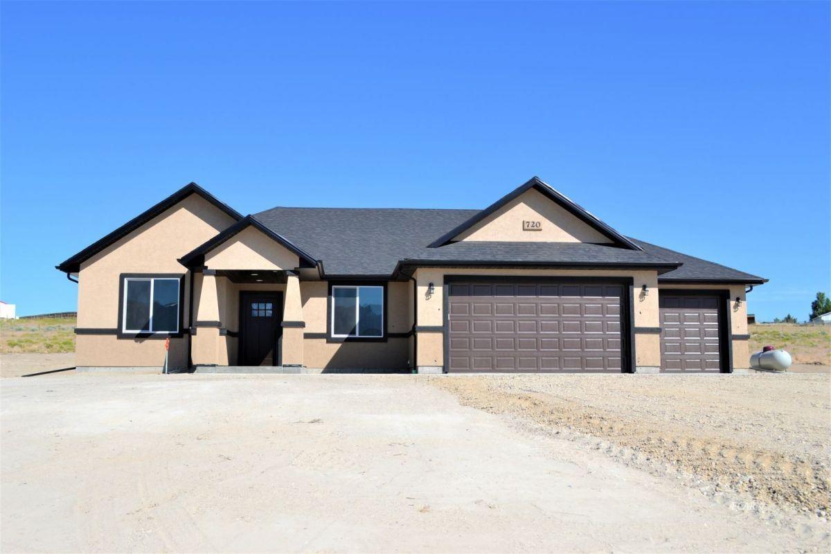 Elko,NV- $434,300