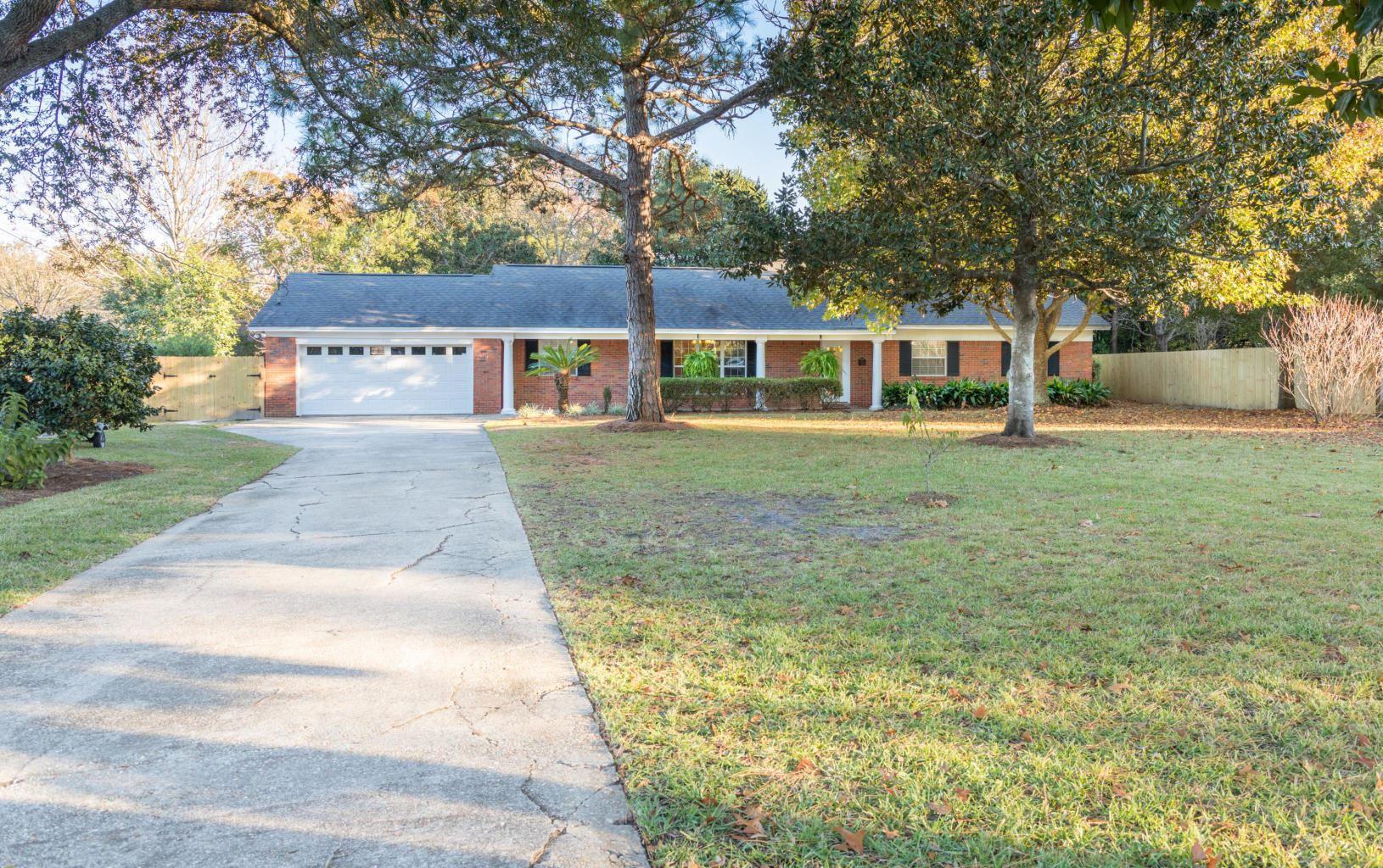 Property Image Of 726 Spring Lake Drive In Destin, Fl