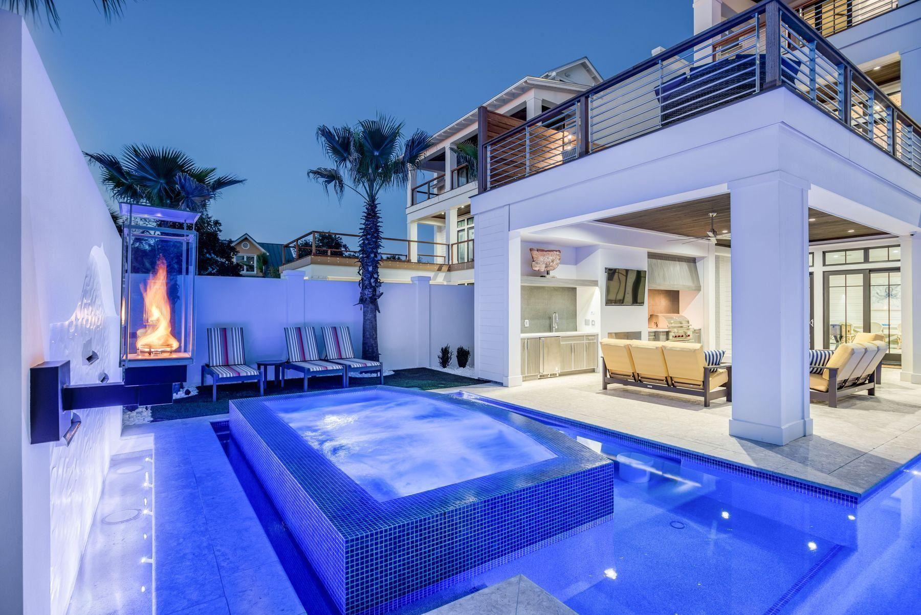 Destin                                                                      , FL - $3,745,000