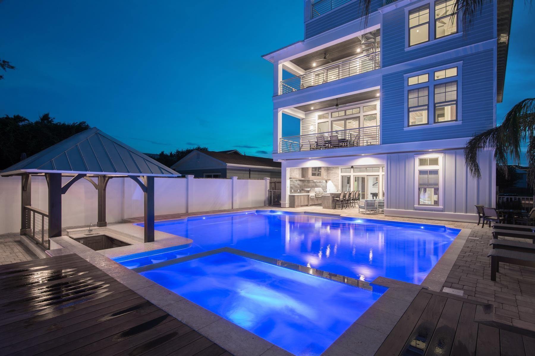 Destin                                                                      , FL - $3,200,000