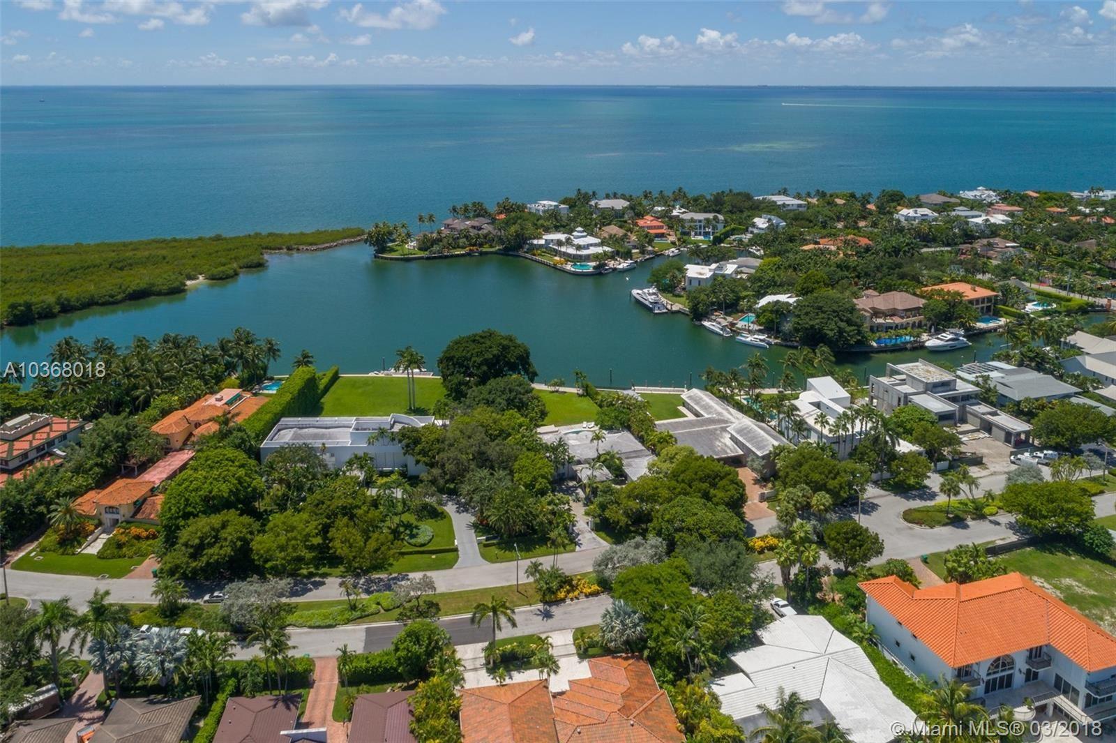 Key Biscayne                                                                      , FL - $9,250,000